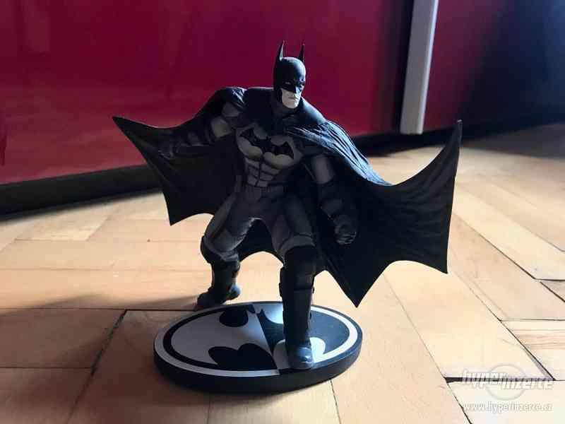 Figurka Batman Day and Night