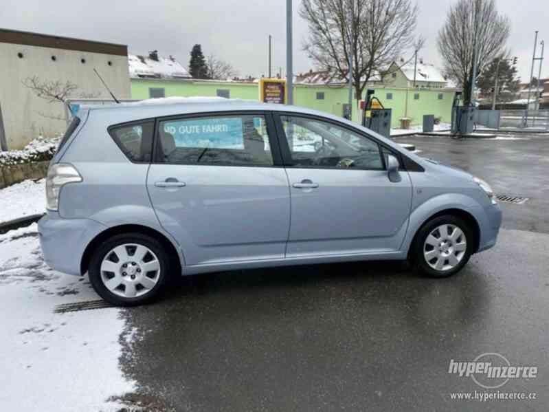 Toyota Corolla Verso 1,8i benzín 95kw - foto 7