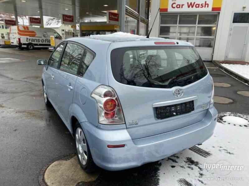Toyota Corolla Verso 1,8i benzín 95kw - foto 10