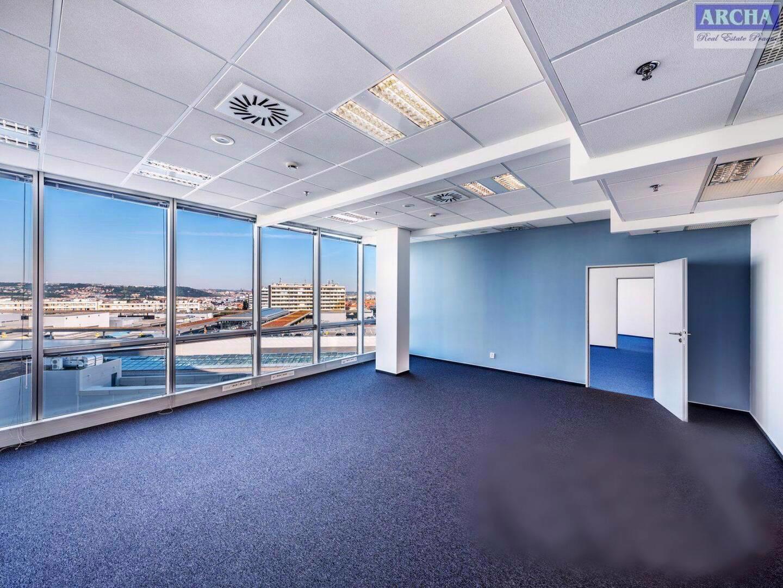 Nájem moderních kanceláří 85,6 m2, 13 patro, Praha 4 Pankrác - foto 1