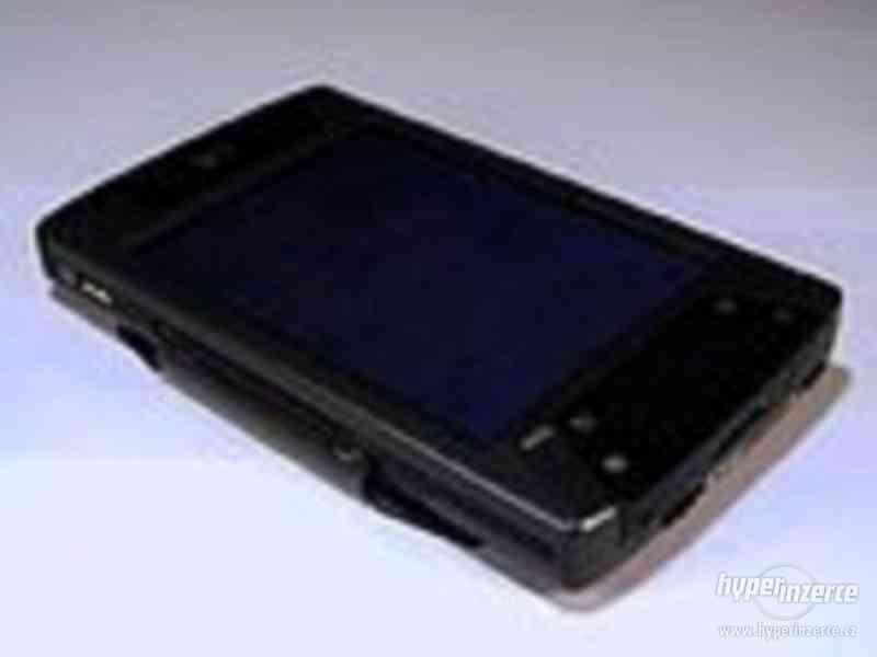 HP iPAQ hx4700 S WIFI, BLUETOOTH, STYLUS - foto 2