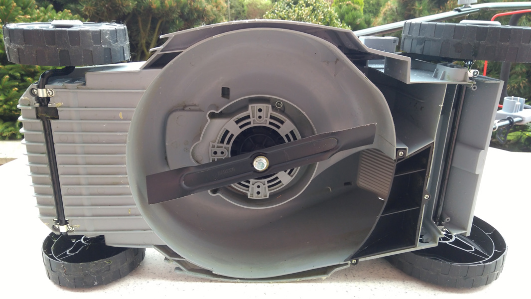 Prodám elektrickou rotační sekačku IKRA - foto 3