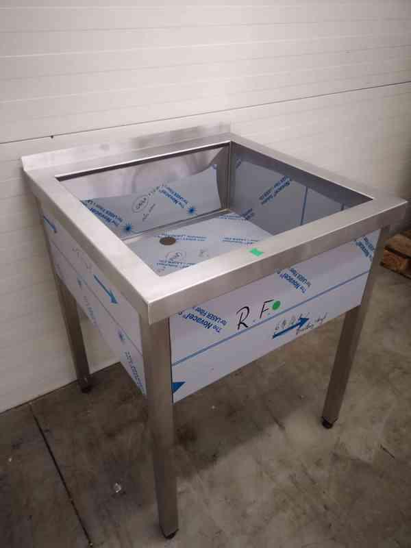 Nerezový dřez 70x70, vana - foto 3