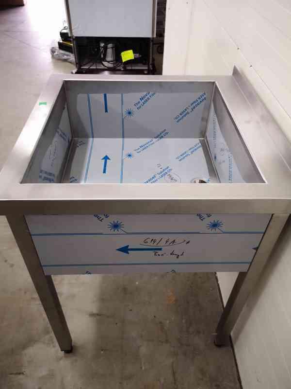 Nerezový dřez 70x70, vana - foto 2