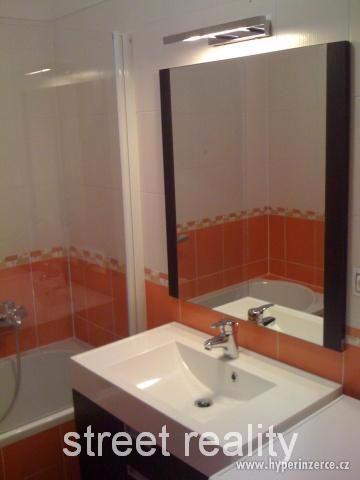 Prodej exkluzivního bytu 2+kk+B+G v Rezidenci Čertovka - foto 4
