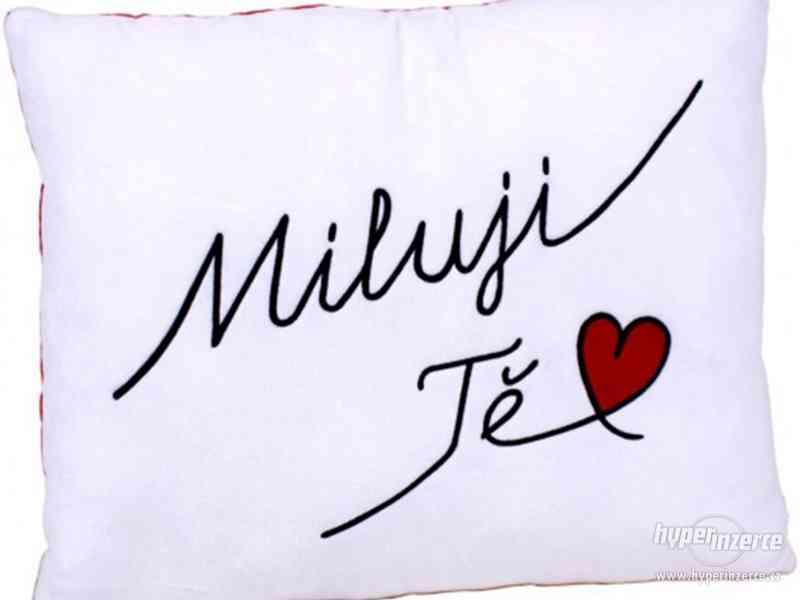 Polštář s nápisem - Miluji Tě!