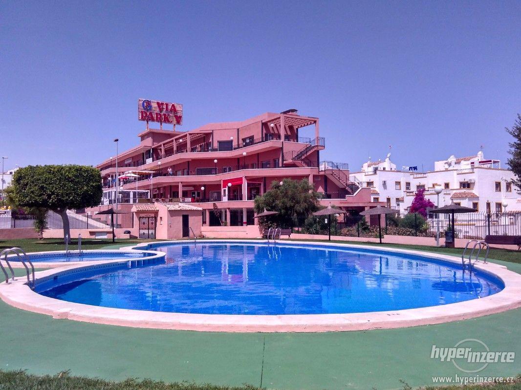 Pronájem vily ve Španělsku 13 300,- / týden - foto 1