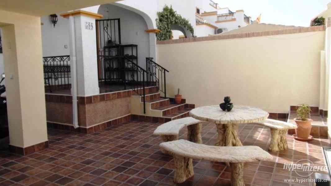 Pronájem vily ve Španělsku 13 300,- / týden - foto 5