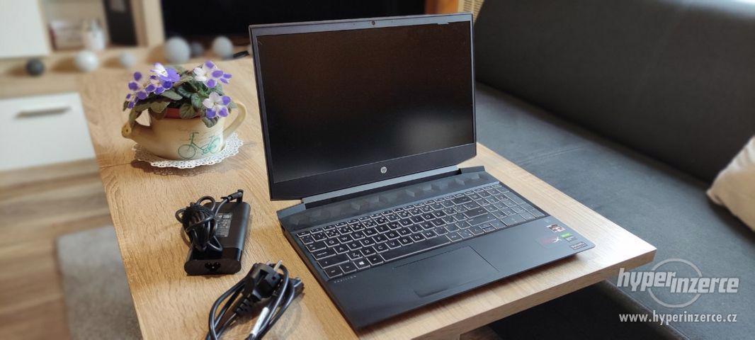 Notebook HP Pavilion Gaming 15-ec1604nc - foto 1