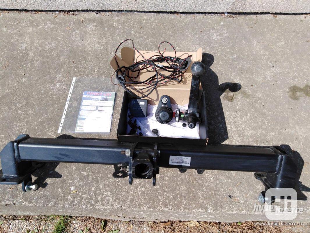 Tažné zařízení na vůz MERCEDES - foto 1