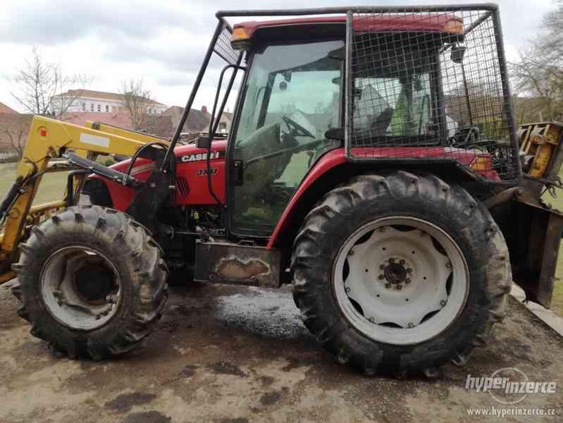 Traktor Case s lesní nástavbou