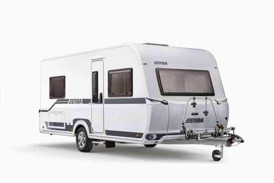 Čistění interieru vozidel a karavanu