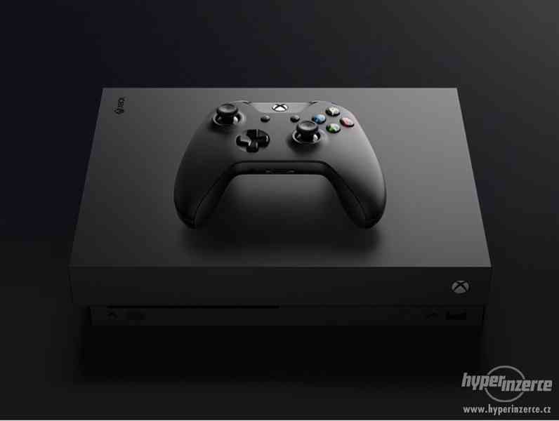 Xbox one 500GB;