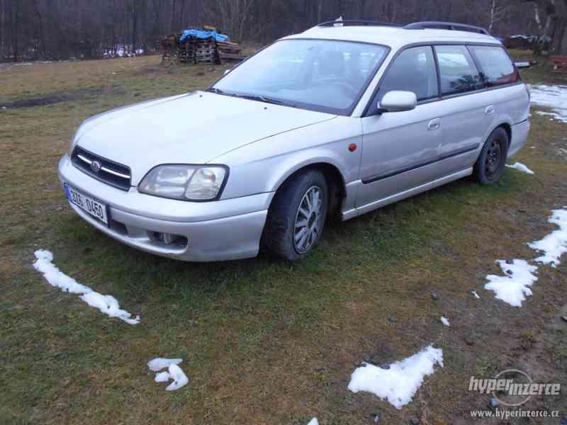 Subaru legacy Combi 2001 - foto 1