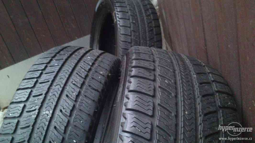 Zimní pneu 195/55 r15 - foto 7
