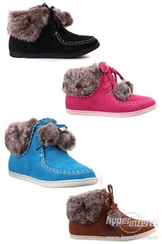 Dámské,dívčí kotníčkové boty s kožíškem BLUE