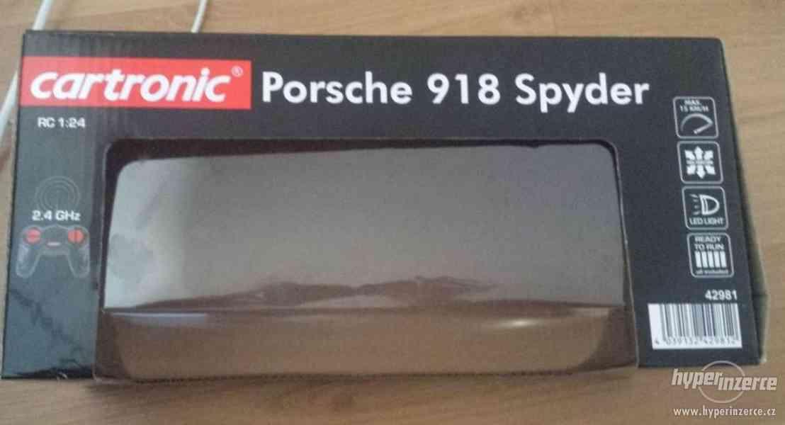 Auto na dálkové ovládání z Lidlu - Porsche 918 Spyder - foto 2
