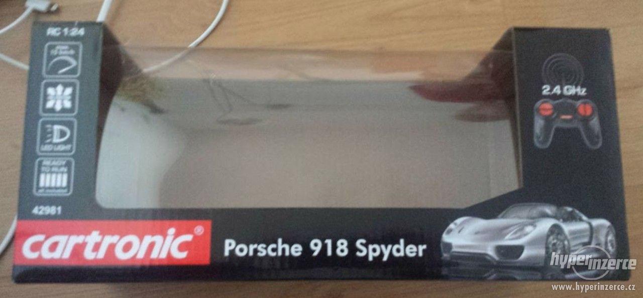 Auto na dálkové ovládání z Lidlu - Porsche 918 Spyder - foto 1