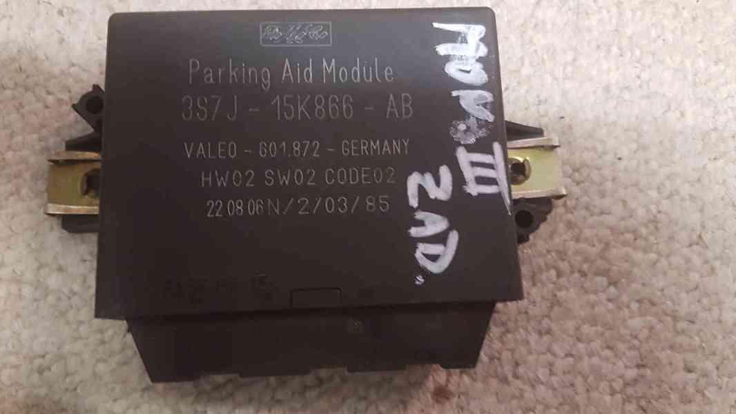 Prodám řídící jednotku parkovacích senzorů Monde 3.