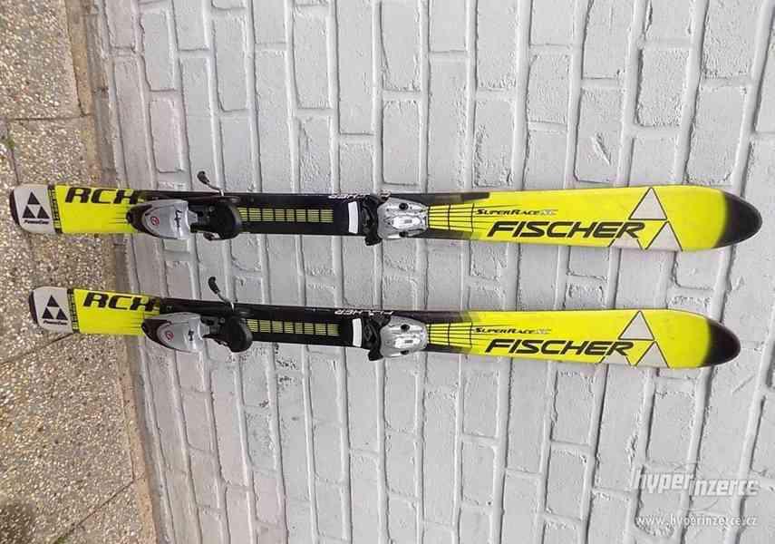 Carvingové juniorské dětské lyže 118 cm Fischer RCX Superrac