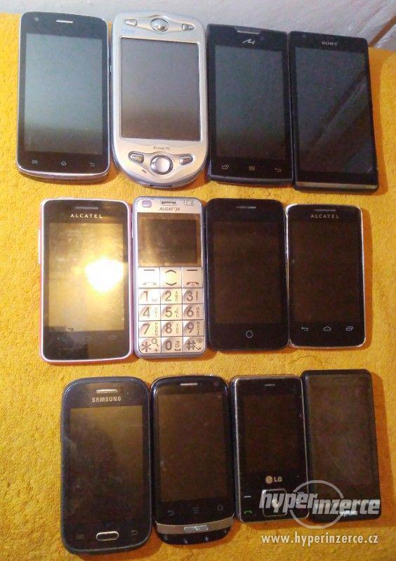 Nefunkční telefony k opravě nebo na ND -LEVNĚ!!!