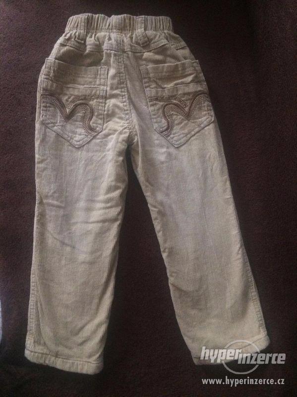 Zateplené manžestrákové kalhoty. Velikost 116