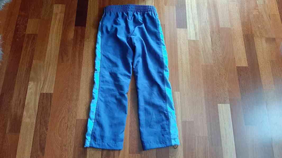 Sportovní kalhoty vel.128 nenošené - foto 3