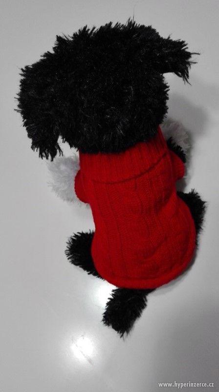 výprodej - červený svetr pro malého psa s roláčkem