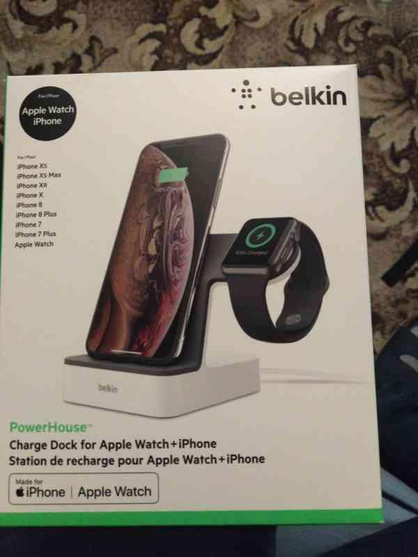Nabíječka pro iPhone a applewatch
