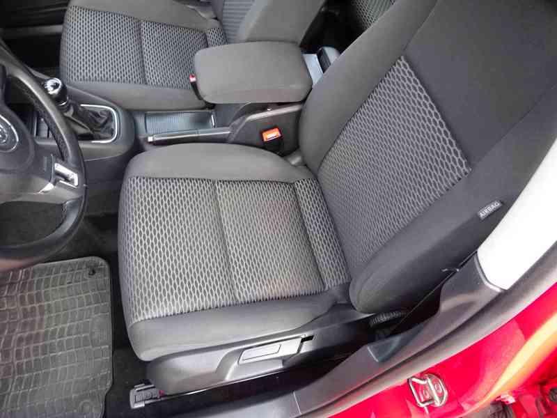 VW Golf 1.4i r.v.2010 (59 KW) serviska stk7/2023 - foto 12