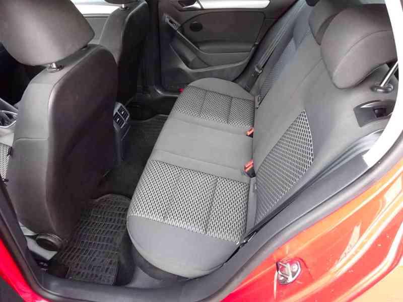 VW Golf 1.4i r.v.2010 (59 KW) serviska stk7/2023 - foto 13
