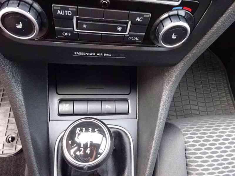 VW Golf 1.4i r.v.2010 (59 KW) serviska stk7/2023 - foto 9