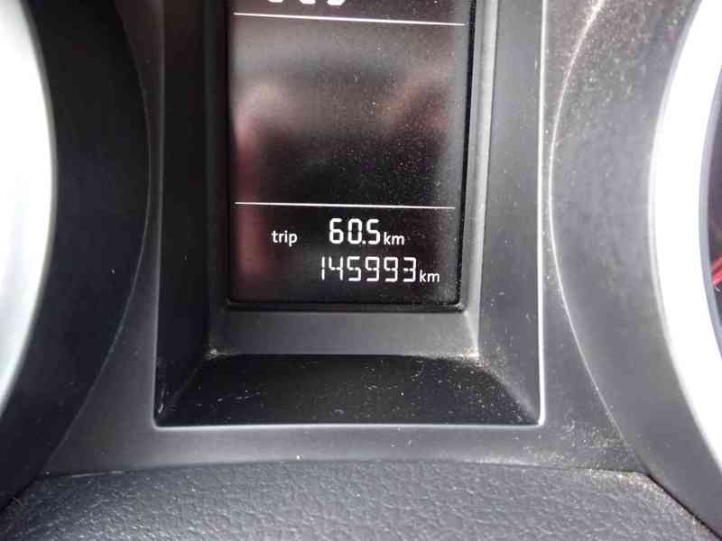 VW Golf 1.4i r.v.2010 (59 KW) serviska stk7/2023 - foto 7