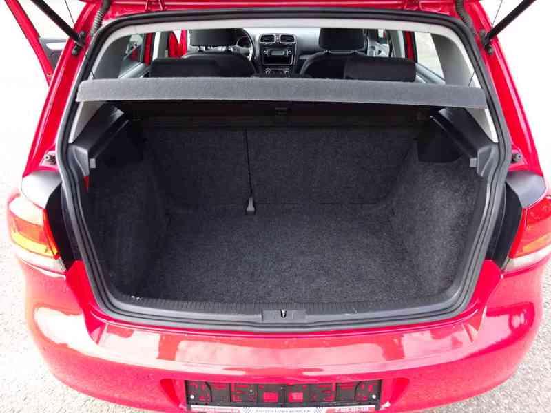 VW Golf 1.4i r.v.2010 (59 KW) serviska stk7/2023 - foto 14