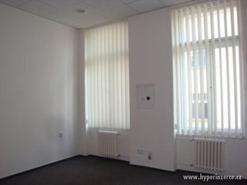 Kanceláře v atraktivní lokalitě - foto 3