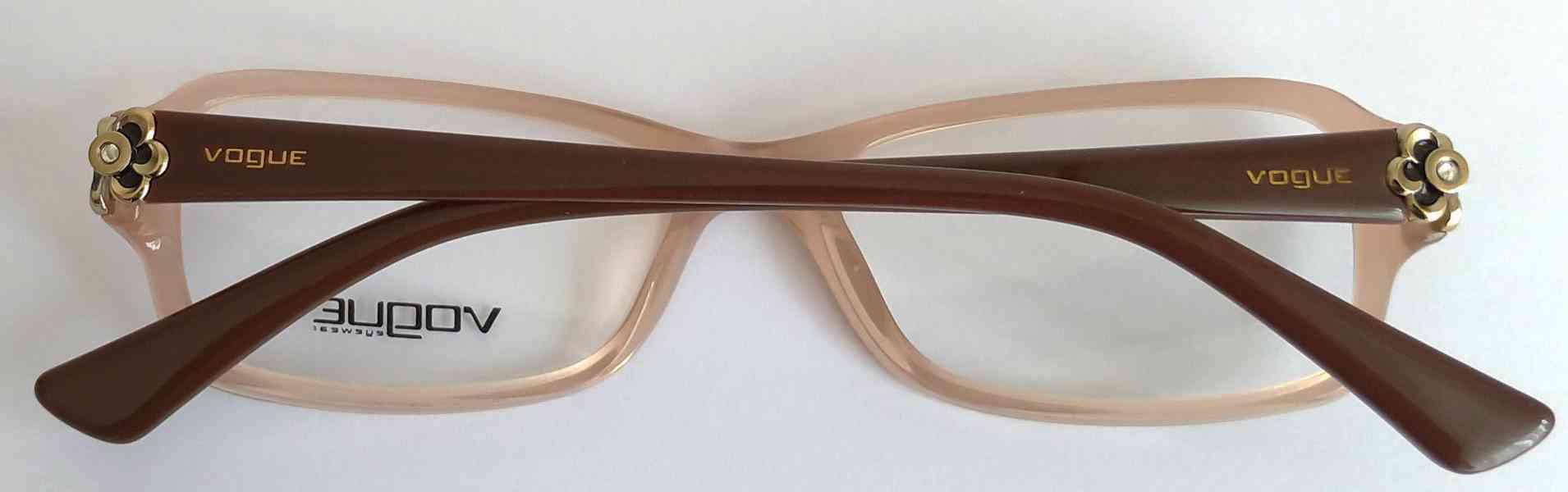 VOGUE VO 2836-B dámské brýlové obruby 51-16-135 MOC:3200 Kč - foto 2