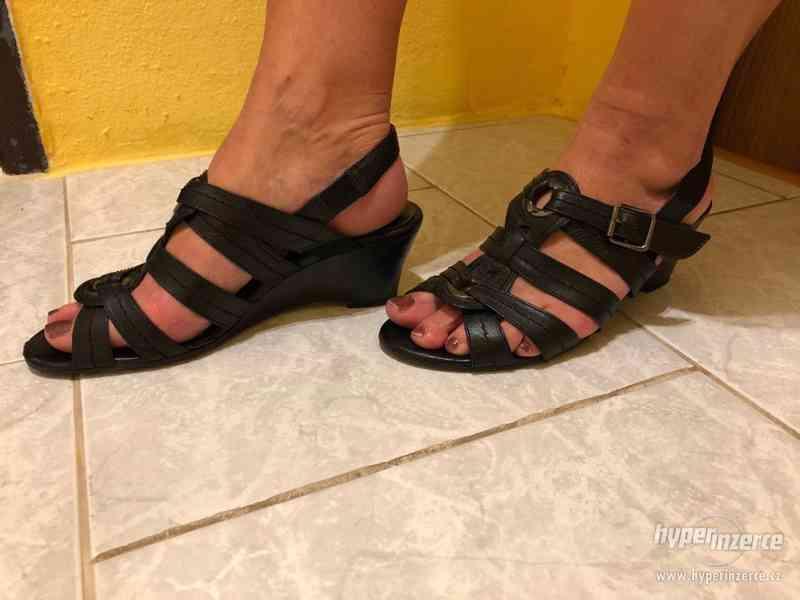 Dámské letní boty zn. JANA vel. 6 - foto 2