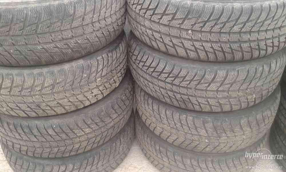 Zimní pneu - NOKIAN WR SUV3 235/55 R19 105V XL