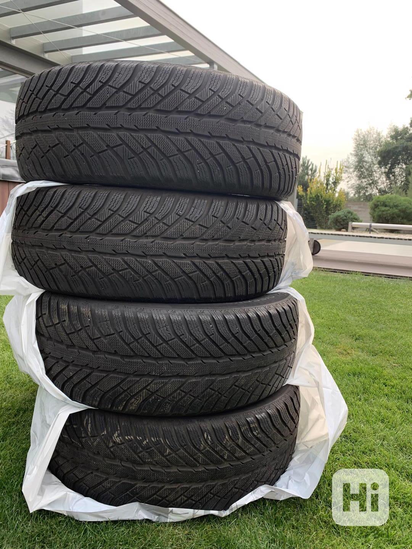 zimní pneu R19 235/55 - foto 1