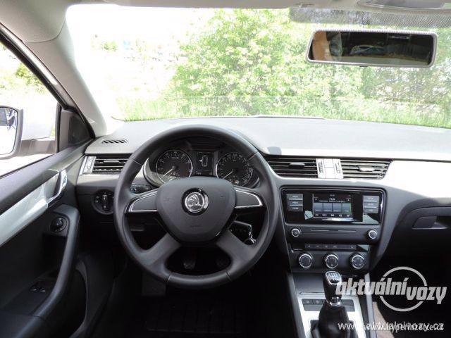 Škoda Octavia 1.2, benzín, r.v. 2015 - foto 6