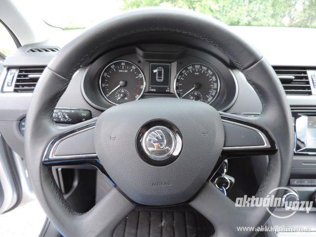 Škoda Octavia 1.2, benzín, r.v. 2015 - foto 9