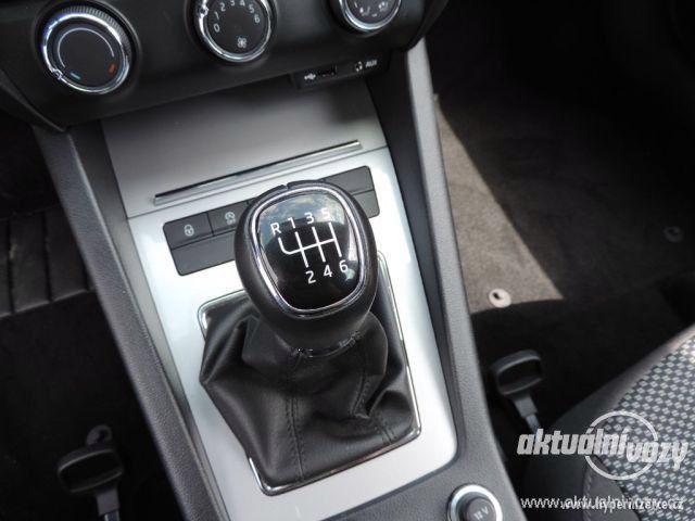 Škoda Octavia 1.2, benzín, r.v. 2015 - foto 25