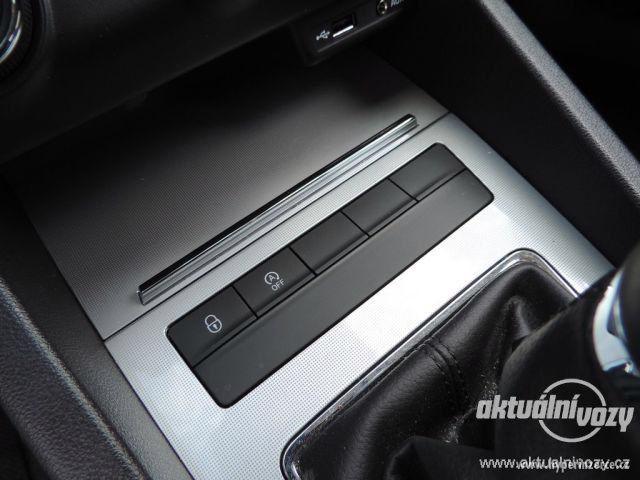 Škoda Octavia 1.2, benzín, r.v. 2015 - foto 32