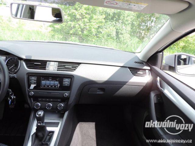 Škoda Octavia 1.2, benzín, r.v. 2015 - foto 34
