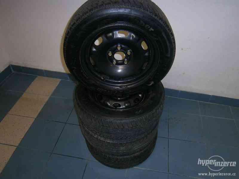 Prodám 4kskomplet zimní pneu 185/60 R14 na Škoda Fabii  hl