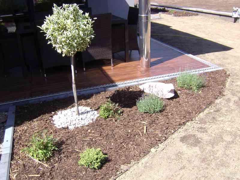Návrhy, realizace zahrad a údržba zahrad, závlahové systémy