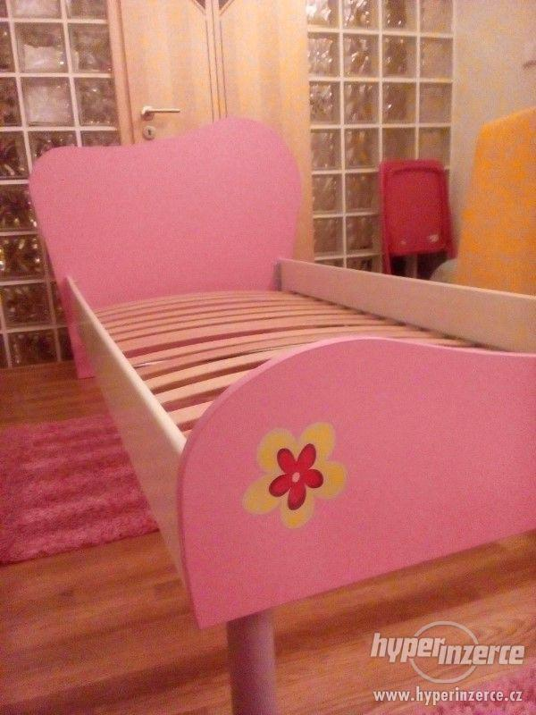 Dětská postel s matrací