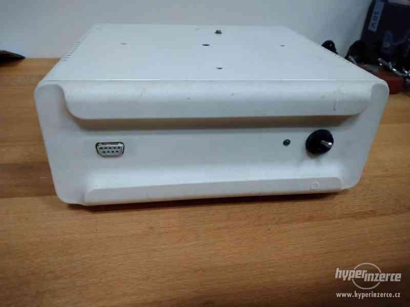 Napaječ k slušovickému počítači TNS - foto 1