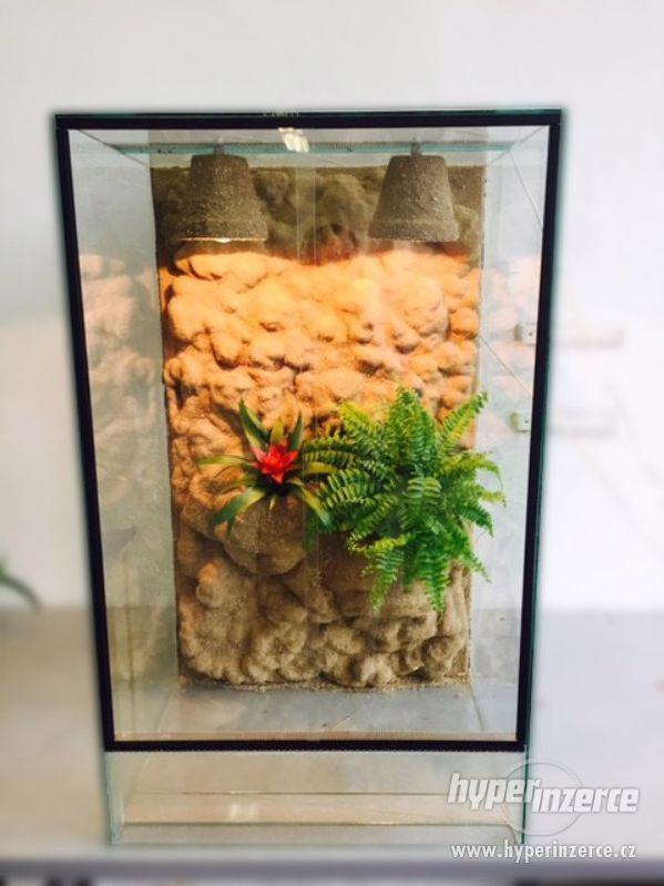 Skleněné terárium pro chameleona 60x50x100 cm