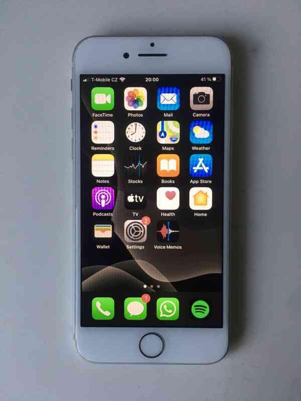 iPhone 8, 64GB - foto 7